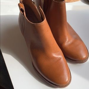 Madewell light brown leather ankle boots